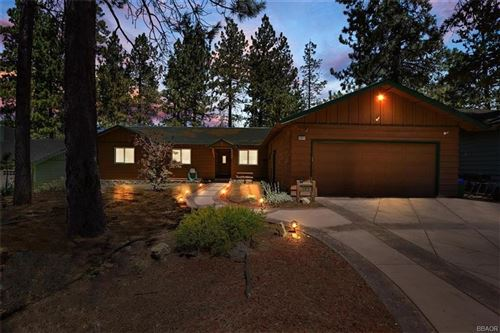 Photo of 197 S Finch Drive, Big Bear Lake, CA 92315 (MLS # 32002505)