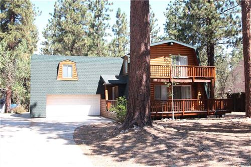 Photo of 504 Pinewood (Fractional), Big Bear City, CA 92314 (MLS # 32006507)