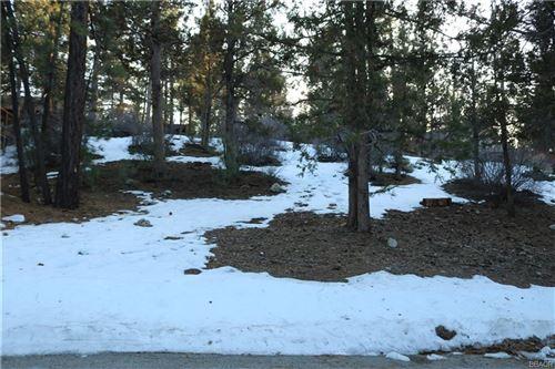 Photo of 42605 Avalon Road, Big Bear Lake, CA 92315 (MLS # 31912511)