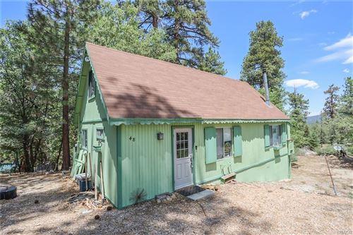 Photo of 48 Millcreek Road, Big Bear Lake, CA 92315 (MLS # 32105513)