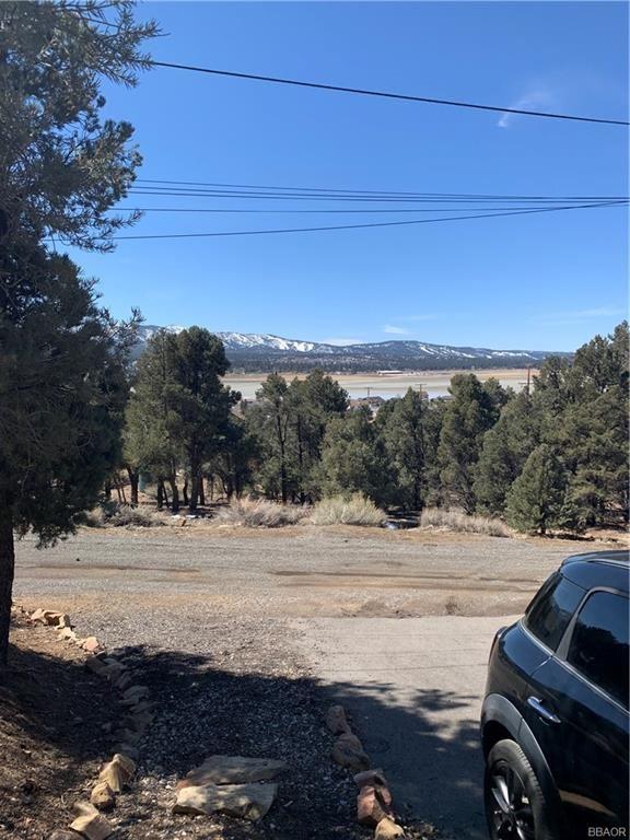 Photo of 46004 Wooded Road, Big Bear City, CA 92314 (MLS # 32101515)
