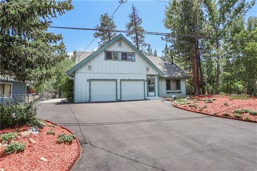 Photo of 41531 Swan Drive, Big Bear Lake, CA 92315 (MLS # 32105528)