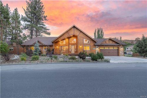 Photo of 41771 Swan Drive, Big Bear Lake, CA 92315 (MLS # 32105530)