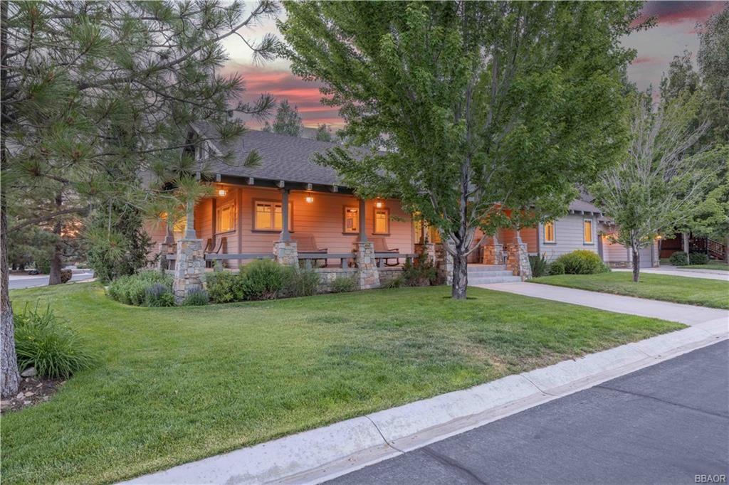 Photo of 41922 Centre Court, Big Bear Lake, CA 92315 (MLS # 32105533)