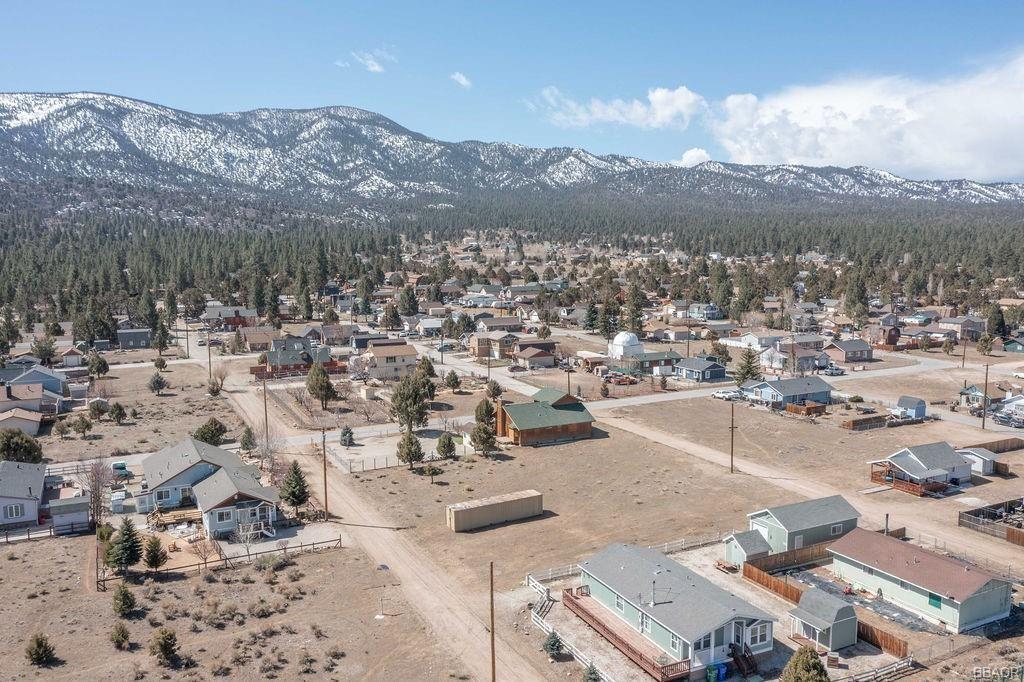 Photo of A2 Hemlock Lane, Big Bear City, CA 92314 (MLS # 32007538)