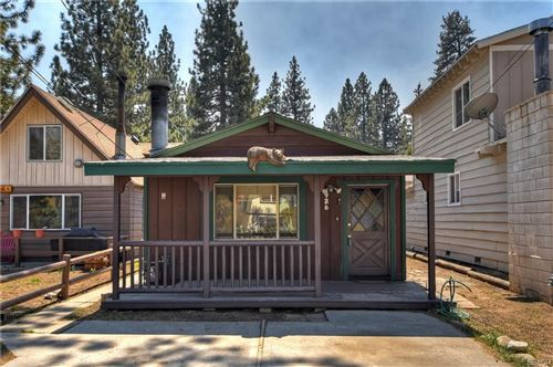 Photo of 926 W Country Club Boulevard, Big Bear City, CA 92314 (MLS # 32007539)