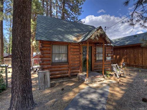 Photo of 42842 Willow Avenue, Big Bear Lake, CA 92315 (MLS # 32106551)