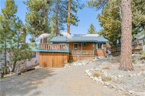 Photo of 40082 Big Bear Boulevard, Big Bear Lake, CA 92315 (MLS # 32101577)