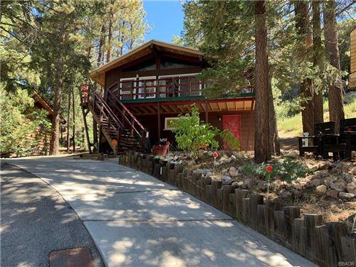 Photo of 43184 Sunset Drive, Big Bear Lake, CA 92315 (MLS # 32002589)