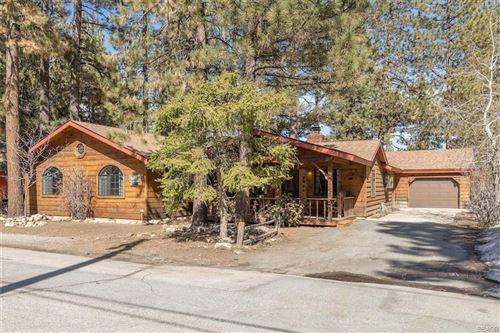 Photo of 607 Timber Lane, Big Bear Lake, CA 92315 (MLS # 32101591)