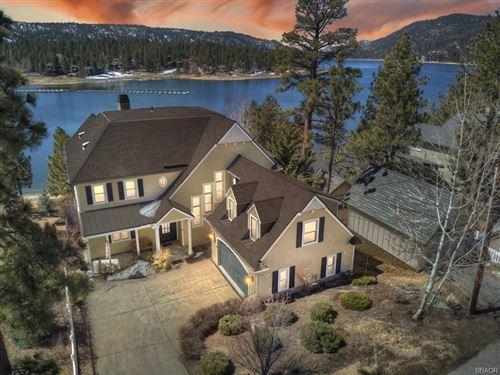 Photo of 39543 Lake, Big Bear Lake, CA 92315 (MLS # 32101594)