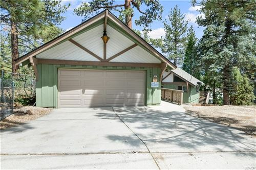 Photo of 1000 Feather Mountain Drive, Big Bear City, CA 92314 (MLS # 32106600)