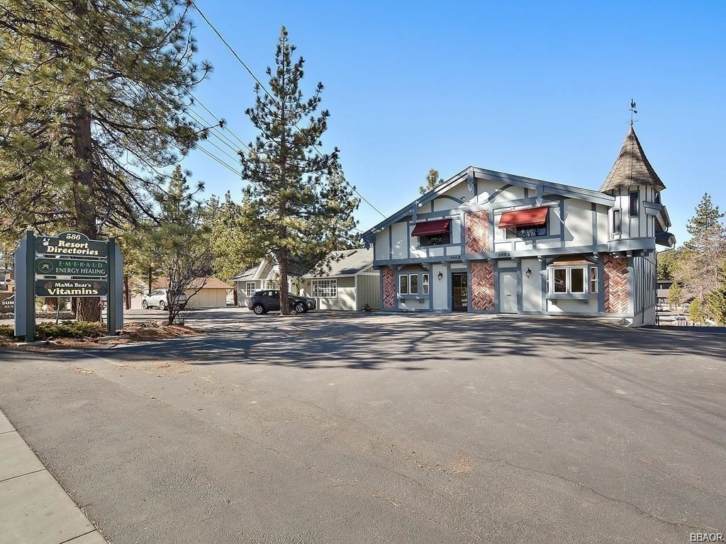Photo of 586 Bonanza Trail Road, Big Bear Lake, CA 92315 (MLS # 32101602)