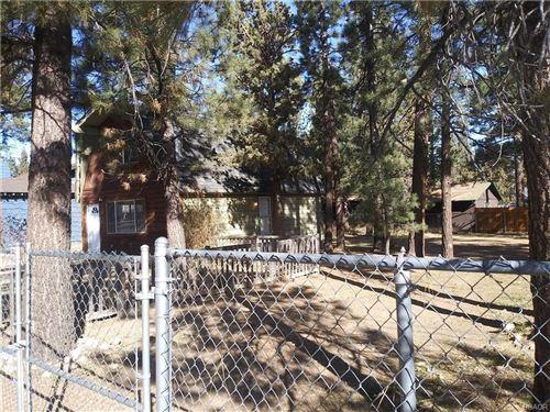 Photo of 256 Whipple Drive, Big Bear City, CA 92314 (MLS # 32008604)