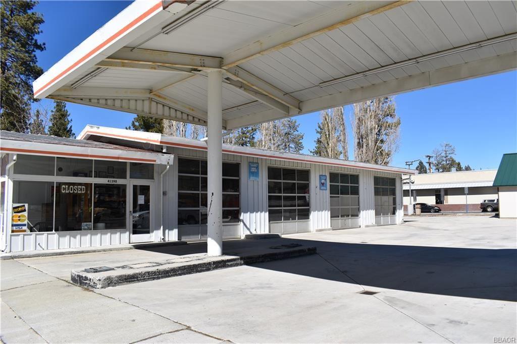 Photo of 41390 Big Bear Blvd Boulevard, Big Bear Lake, CA 92315 (MLS # 32000610)