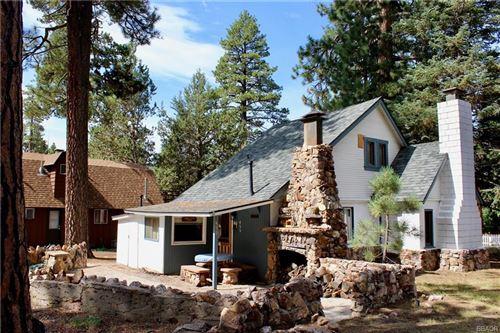 Photo of 455 Meadow Landing Lane, Big Bear Lake, CA 92315 (MLS # 32002612)