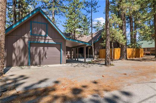 Photo of 495 Echo Lane, Big Bear Lake, CA 92315 (MLS # 32106613)