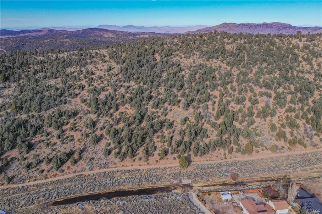 Photo of 0 Lakewood, Big Bear City, CA 92314 (MLS # 32008619)