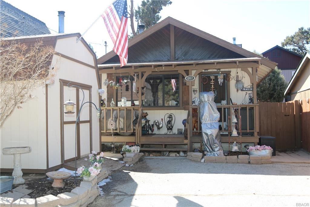 Photo of 867 Ash Lane, Big Bear City, CA 92314 (MLS # 32101627)