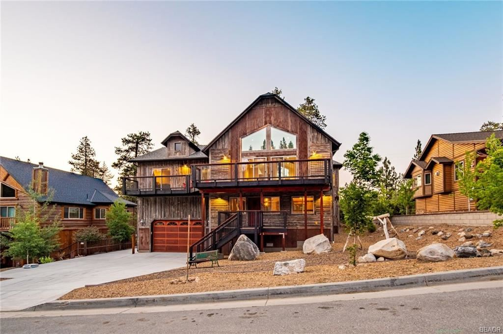 Photo of 40944 Seneca Trail, Big Bear Lake, CA 92315 (MLS # 32106627)