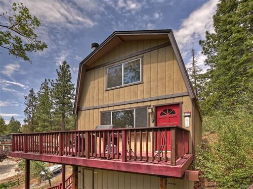 Photo of 43136 Sunset Drive, Big Bear Lake, CA 92315 (MLS # 32106651)