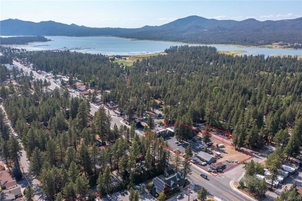Photo of 41656 Big Bear Boulevard, Big Bear Lake, CA 92315 (MLS # 32106663)