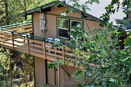 Photo of 862 Menlo Drive, Big Bear Lake, CA 92315 (MLS # 32106671)