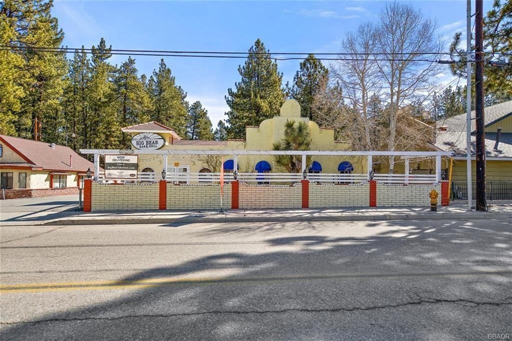 Photo of 42164 Moonridge Way, Big Bear Lake, CA 92315 (MLS # 32102688)
