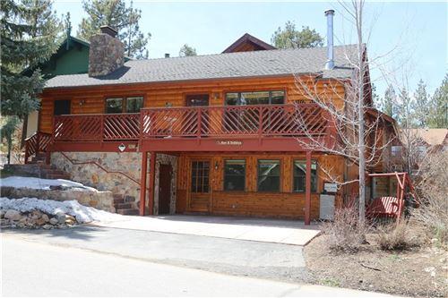 Photo of 39571 Forest Road, Big Bear Lake, CA 92315 (MLS # 32102696)