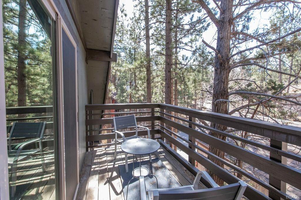 Photo of 437 Gold Mountain Drive, Big Bear City, CA 92314 (MLS # 32102713)