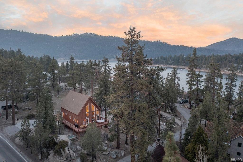 Photo of 38842 Big Bear Blvd., Big Bear Lake, CA 92315 (MLS # 32102716)