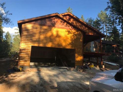 Photo of 825 Conklin Road, Big Bear Lake, CA 92315 (MLS # 32002718)