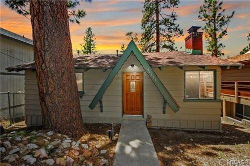 Photo of 40233 Mahanoy Lane, Big Bear Lake, CA 92315 (MLS # 32002739)
