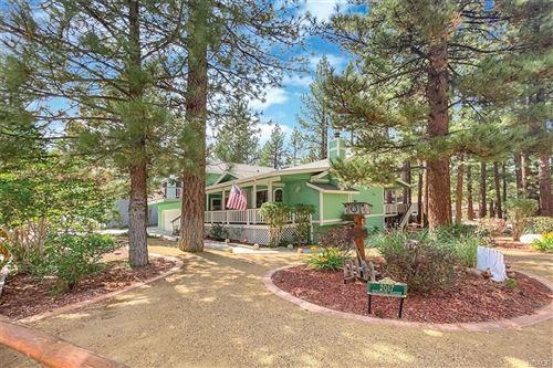Photo of 427 Eton Lane, Big Bear City, CA 92314 (MLS # 32106743)