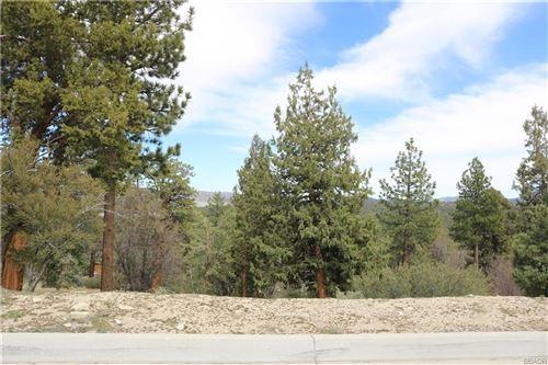Photo of 370 Starlight Circle, Big Bear Lake, CA 92315 (MLS # 3183751)