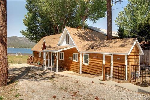 Photo of 40330 Lakeview Drive, Big Bear Lake, CA 92315 (MLS # 32002751)