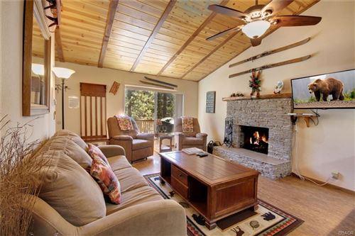 Photo of 42792 Conifer Drive, Big Bear Lake, CA 92315 (MLS # 32102754)