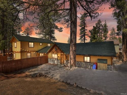 Photo of 39965 Hillcrest, Big Bear Lake, CA 92315 (MLS # 32102767)