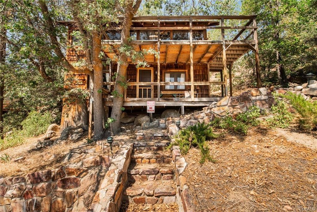 Photo of 201 Nolan Trail aka Big Bear Tract, Fawnskin, CA 92333 (MLS # 32002779)