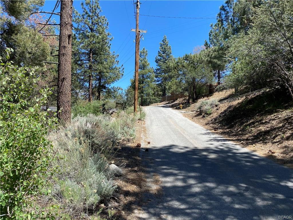 Photo of 44400 Baldwin Lane, Big Bear City, CA 92314 (MLS # 32001789)