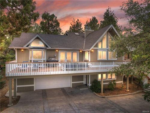 Photo of 1542 Wolf Road, Big Bear City, CA 92314 (MLS # 32106795)