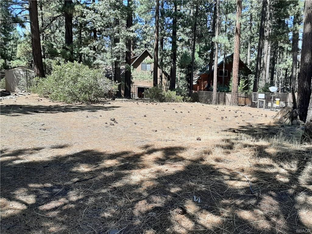 Photo of 710 Summit Boulevard, Big Bear Lake, CA 92315 (MLS # 32002800)