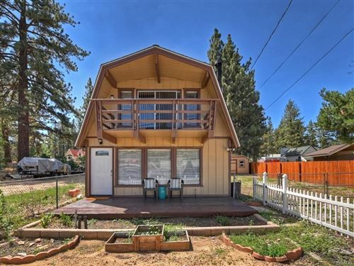 Photo of 1028 W Aeroplane Boulevard, Big Bear City, CA 92314 (MLS # 32106808)