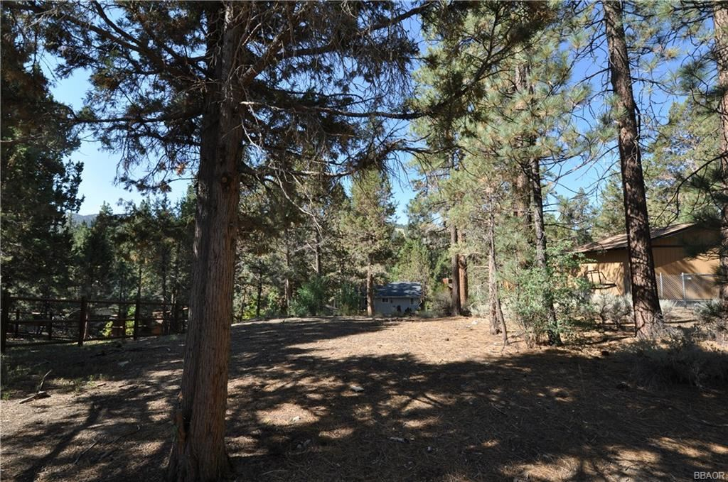Photo of 00 Balboa Lane, Big Bear Lake, CA 92315 (MLS # 32106809)