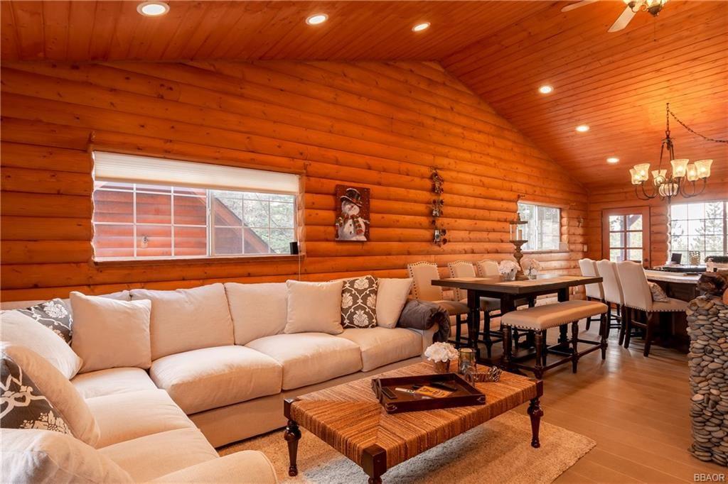 Photo of 42947 Dogwood Drive, Big Bear Lake, CA 92315 (MLS # 32001814)