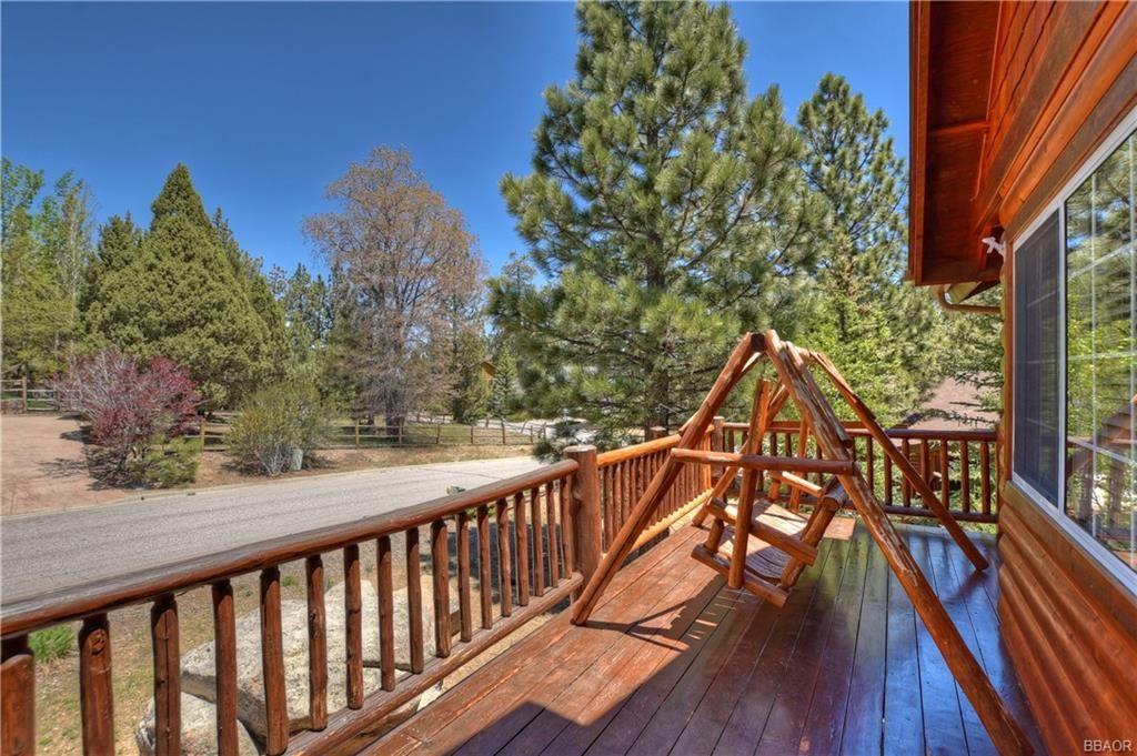 Photo of 176 Teakwood Drive, Big Bear Lake, CA 92315 (MLS # 32001826)