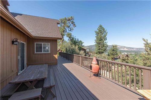 Photo of 378 Starlight Circle, Big Bear Lake, CA 92315 (MLS # 32002827)