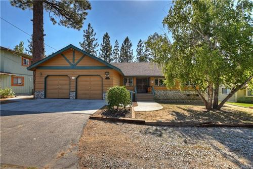 Photo of 132 Finch Drive, Big Bear Lake, CA 92315 (MLS # 32003835)