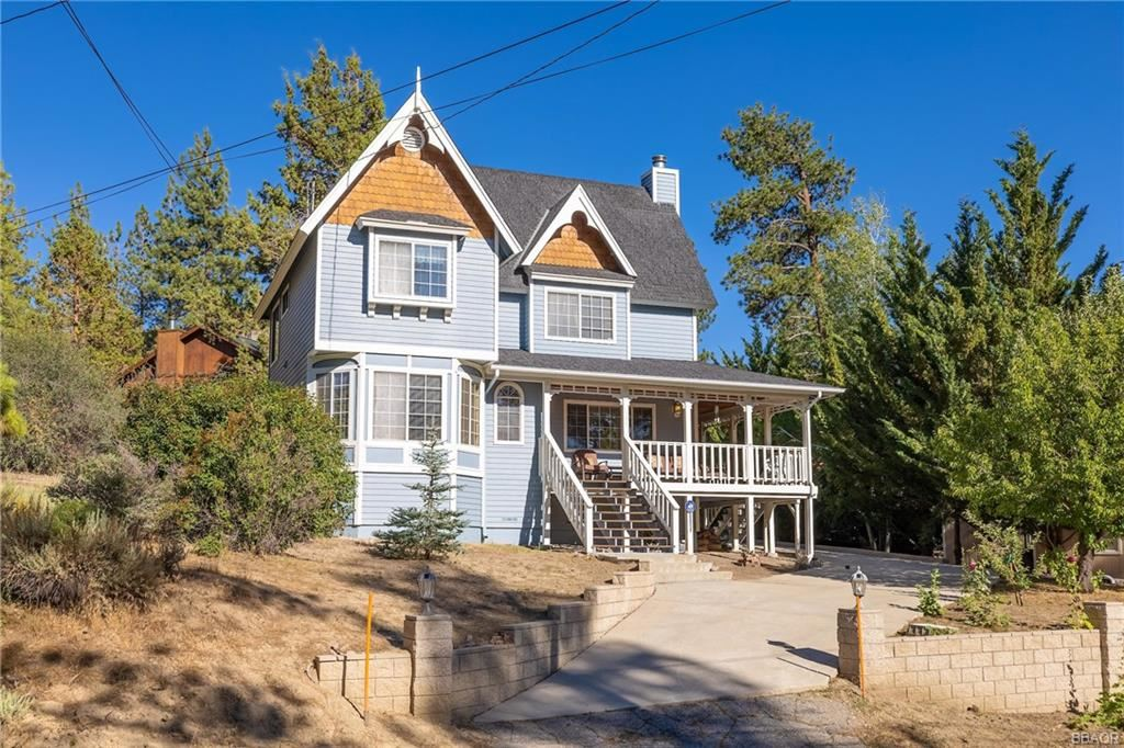 Photo of 385 Crystal Lake Road, Big Bear Lake, CA 92315 (MLS # 32106836)