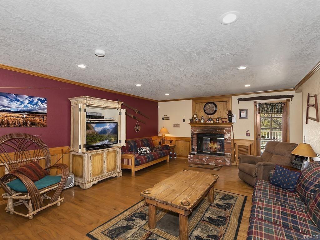 Photo of 783 Villa Grove Avenue, Big Bear City, CA 92314 (MLS # 32102843)